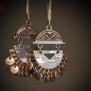 Steve Madden Jewelry - 🎉HP🎉BNWOT Steve Madden Aztec Earrings