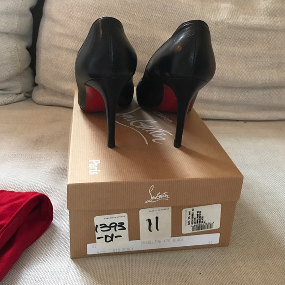 7e8ca7ea0ea Classic Black Leather Christian Louboutin heels
