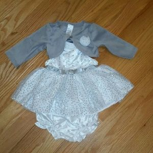 Other - 3 piece newborn outfit. Sparkly.