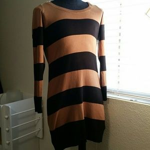 H&M Dresses & Skirts - Black and Tan striped H&M