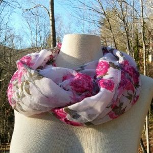 2for1 PINK Roses Infinity Scarf