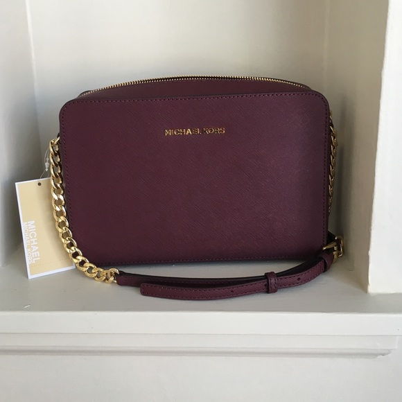 3320f5efc537af Buy michael kors jet set purple > OFF78% Discounted