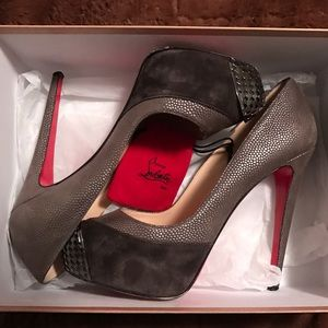 LOUBOUTIN 🌟 AUTH Maggie 140mm sz 39 amazing!!