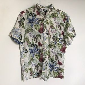 Hawaiian printed button up shirt
