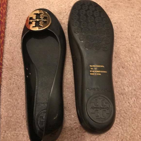 885f6ab9cbd Brand new black and fold Tory Burch jelly shoes. M 584dafad13302a5efc000d1e