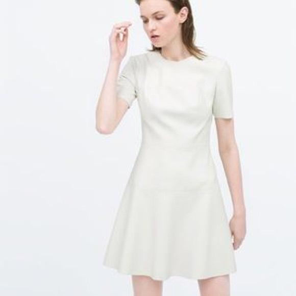 237e9250 ZARA White Faux Leather Dress. M_584db38d2599fe2854002175