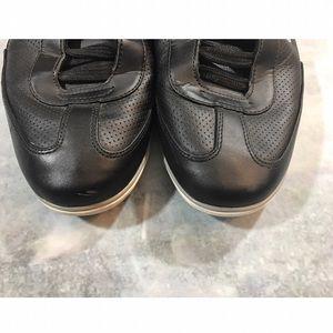 f499e42c70575f Lacoste Shoes - Lacoste Men s Black Leather Sneakers Velcro Strap