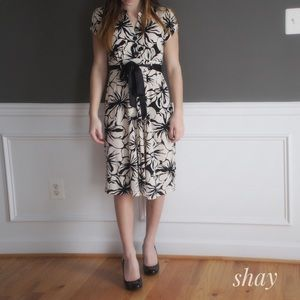Robbie Bee Dresses & Skirts - Floral Print Midi Dress