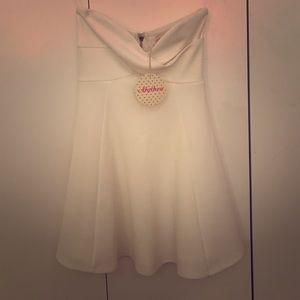 Alythea strapless dress