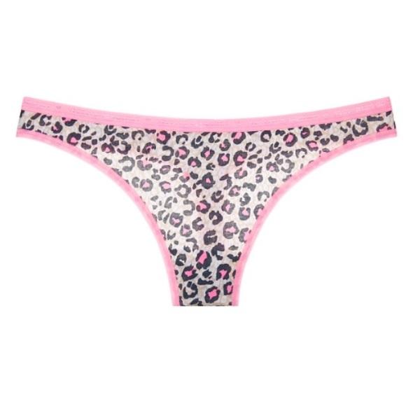 Girls In Skintight Pants