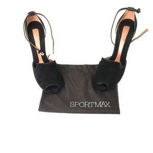 MaxMara Shoes - HP 👠 SportsMax Black & Silver Suede Heels