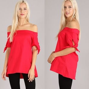 BOUTIQUE Tops - Short Sleeve Off the Shoulder Casual Chic Red Top