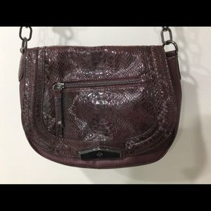 Simply Vera Vera Wang saddle crossbody bag