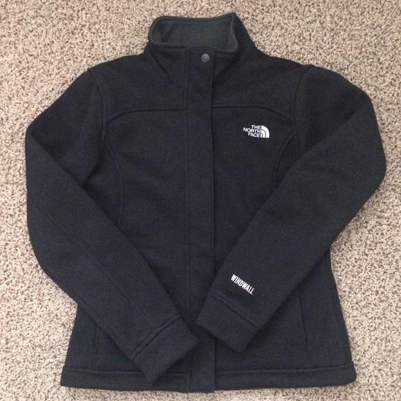 1dfe1b8f3 The North Face Windwall fleece jacket