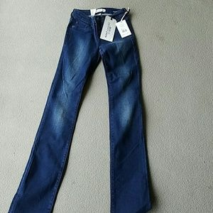Henry & Belle Stretch Straight Jean NWT