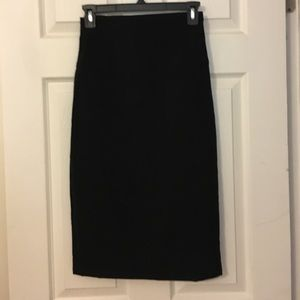 Forever 21 Pencil Skirt. Size S. Black.