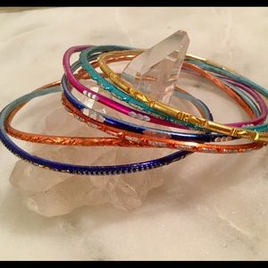 Seychelles Jewelry - Set of colorful bangles! 🌷