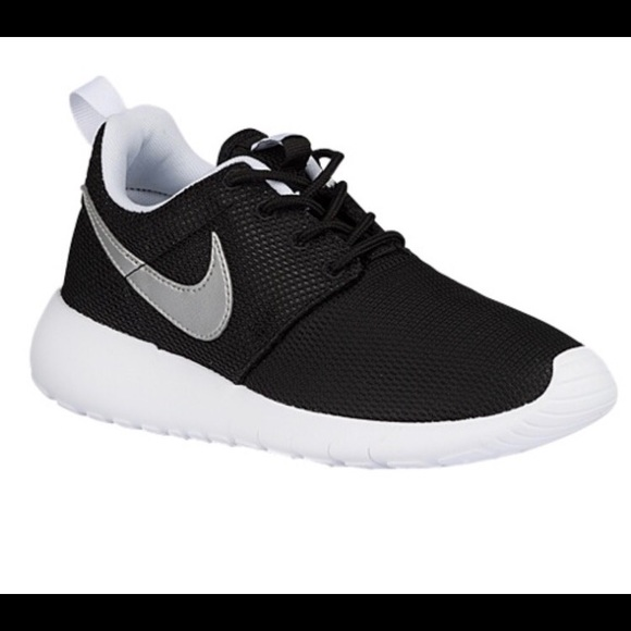 the latest 5cc51 2a0e8 Kids nike roshe 5y