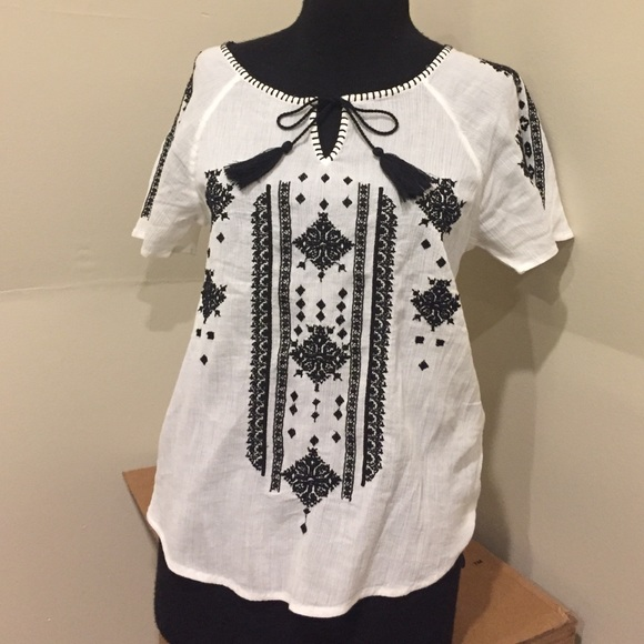 f705d0503f4ead Lucky Brand Tops | White Black Embroidered Peasant Top | Poshmark