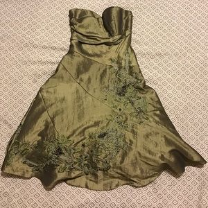 JS Collections Dresses & Skirts - JS Collections Green Prom Dress - size 4