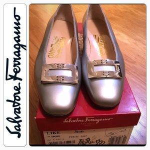 Ferragamo shoes  made in Italy - Brand new