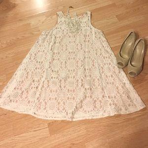 Pinky Dresses & Skirts - Pinky lace dress
