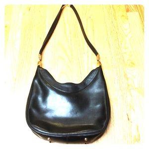 Koret Handbags - ⚡️⚡️Flash Sale!⚡️⚡️Koret leather shoulder bag