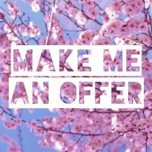 MaKE mE aN ofFeR! ☺️