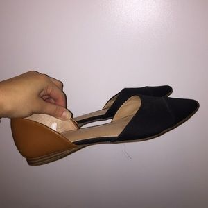 Black and Tan Flats