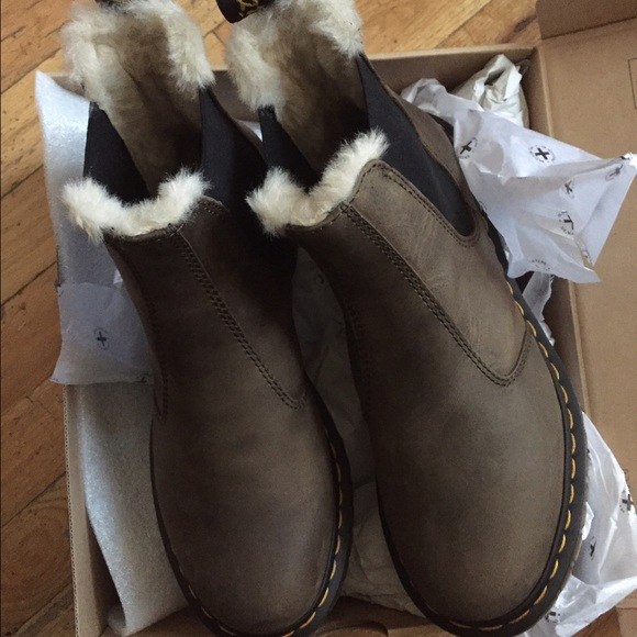 Dr. Martens Leonore Chelsea Boot size 8 NWT