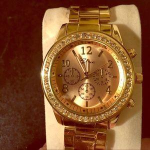 geneva  Accessories - Geneva gold toned watch with rhinestones NWOT