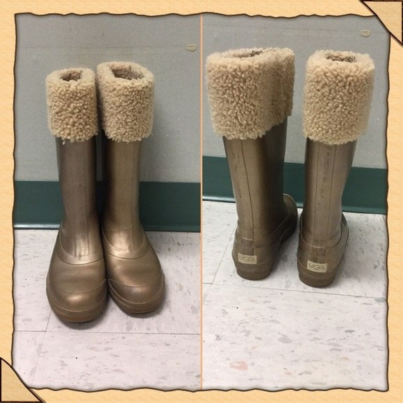 a2d6421b637 🎉HP 12/24🎉 Ugg Millcreek Wellies 5699 Boots