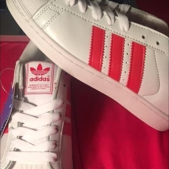 Adidas zapatos NEW shell dedos superestrellas poshmark
