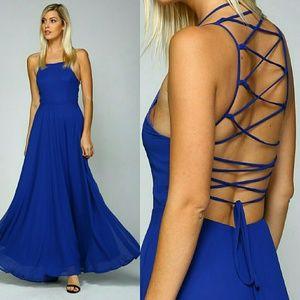 Dresses & Skirts - LACE UP BACK OPEN SHOULDER MAXI DRESS