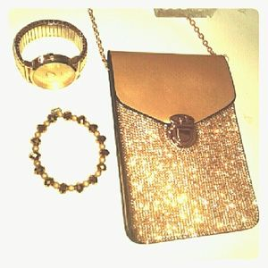 Boutique Handbags - HP👠Rhinestone Crossbody NWT