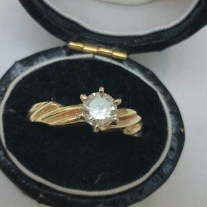 Jewelry - Estate 14k gold .50ct diamond engagement ring