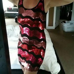 Dresses & Skirts - Sequin party dress, super cute