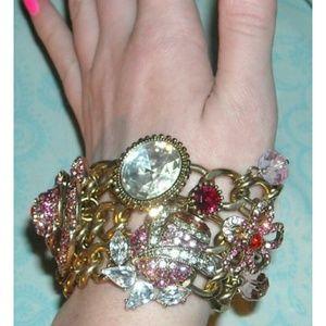 Super Rare! Betsey Johnson statement bracelet Nwt