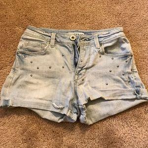 bullhead studded highwaisted shorts