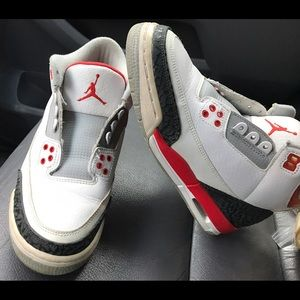 Nike Other - 🚨B1G1 1/2OFF 🚨 💘Fire Red Air Jordan Retro 3