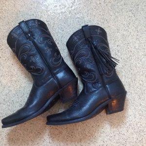 Ariat Shoes - Black Ariat boots - Excellent Condition