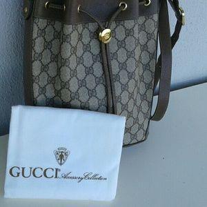 10866c744e3 Gucci Bags - Gucci vintage drawstring bag satchel