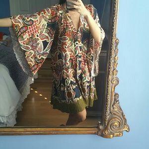 Large size dress flare sleeve