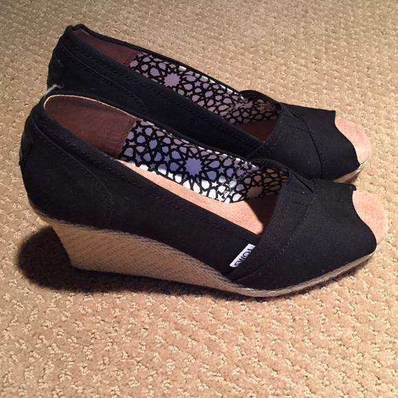 722edfea94d NEW Toms black canvas wedge peep toe shoes
