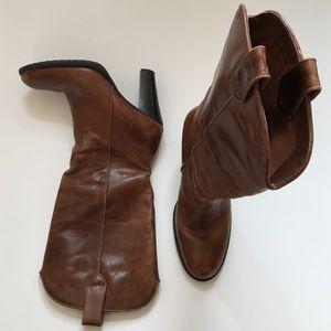 MIA western boot