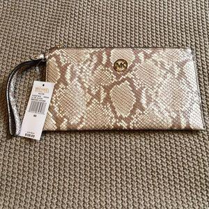 Michael Kors Handbags - New with tags Michael Kors large wristlet