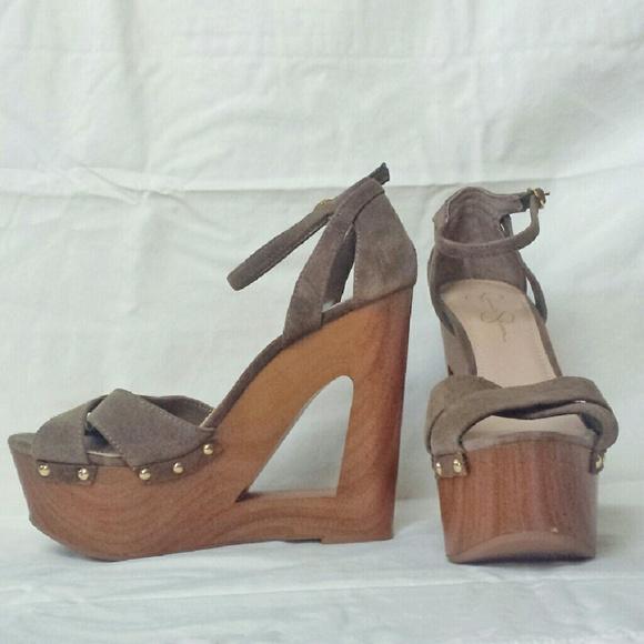 c07ac4d1ec6 NWOT Jessica Simpson Niki Cut-out Wedge Sandals