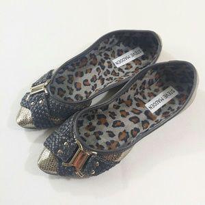 Steve Madden Shoes - NWOT/NWOB Steve Madden Pasion Flats