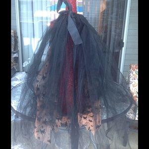 Dresses & Skirts - Black tulle kitty print petticoat