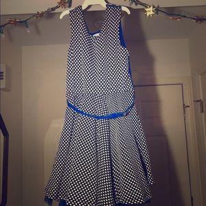 Kids flouncy Polka dot dress with blue belt